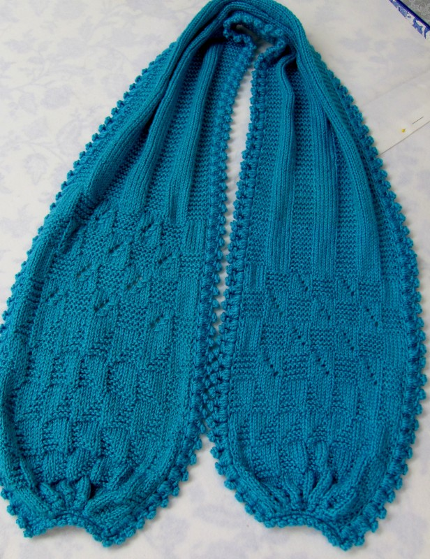 Knitted Scarf Pattern With Pointed Ends : End Bundled Scarf knit skerin