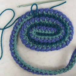 crochet ribbon placemat
